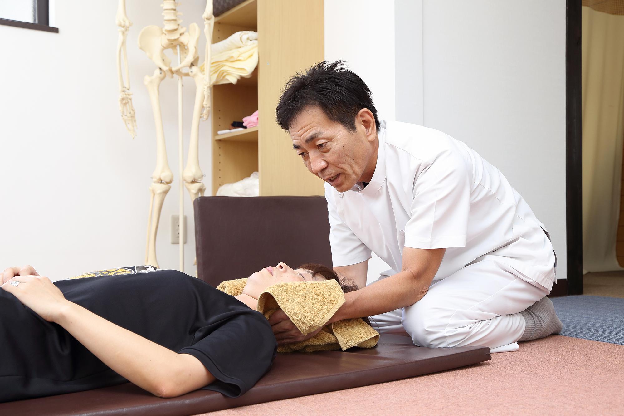 ムチ打ち症(頸椎捻挫)の治療の考え
